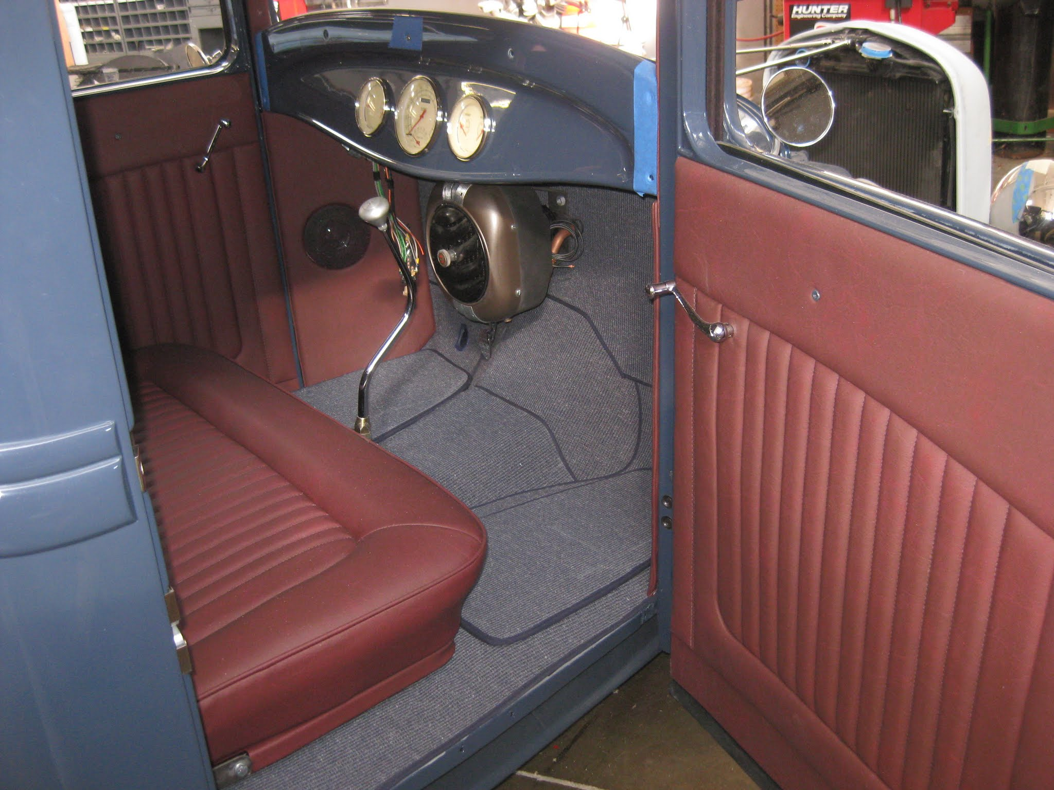 custom hotrod interiors portage trim professional automotive upholstery. Black Bedroom Furniture Sets. Home Design Ideas